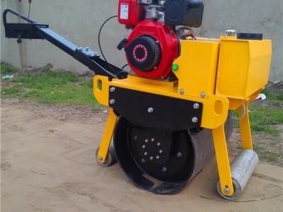 厂家批发微型压路机手扶式单轮柴油压路机