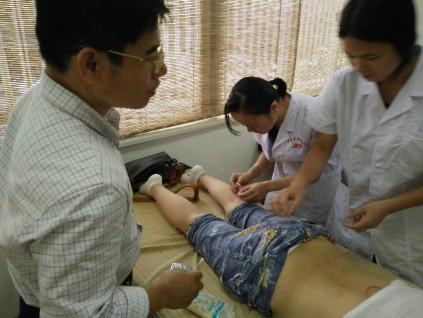 南宁中医针灸高级系统研习班教授授课包教包会